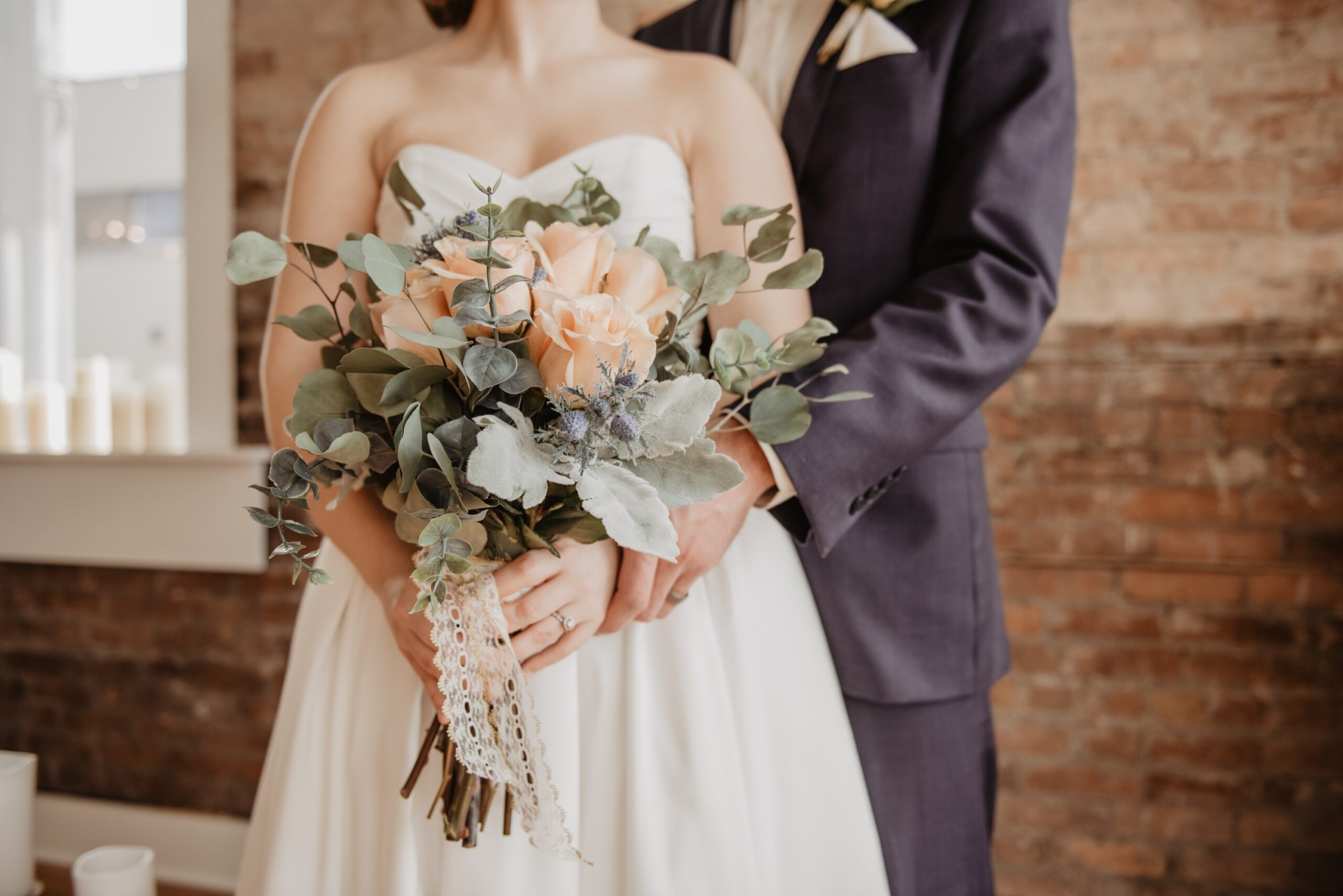 5 Intelligent Ways to Include Those Who You Can't Invite to the Wedding